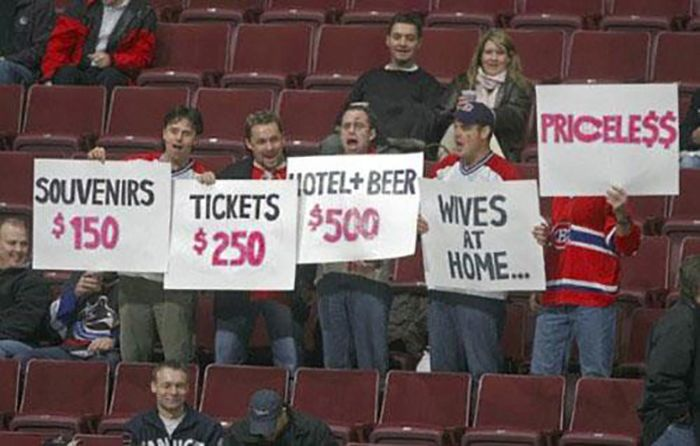 24 Funny and good sporting event signs 014