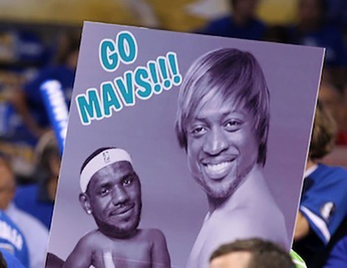 24 Funny and good sporting event signs 021
