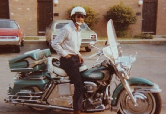 Dead Biker Buried Riding Harley in Giant Transparent Casket 001
