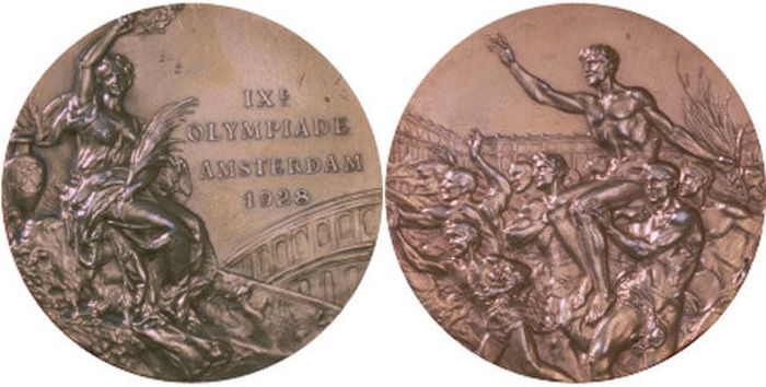 The Evolution of Olympic gold medals from the past 118 years 009