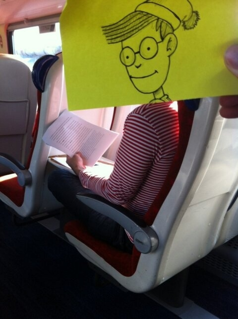 This Guy Has a Funny Solution For Avoiding Boredom On His Commute 008