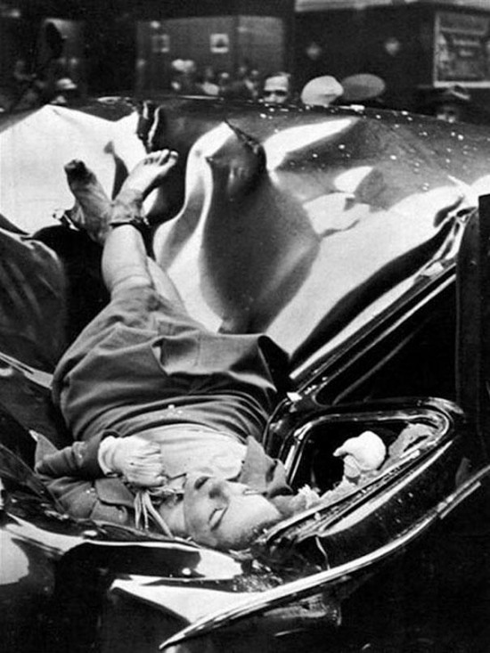 23 year-old Evelyn McHale jumped from the 83rd floor of the Empire State Building and landed on a United Nations limousine, 1947