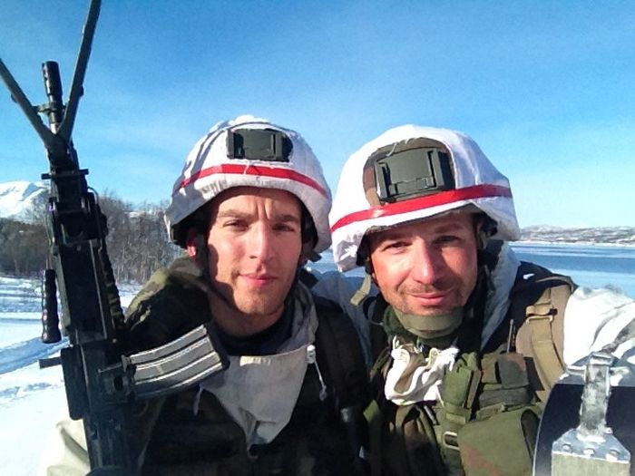 Soldiers from different armies take selfies 010