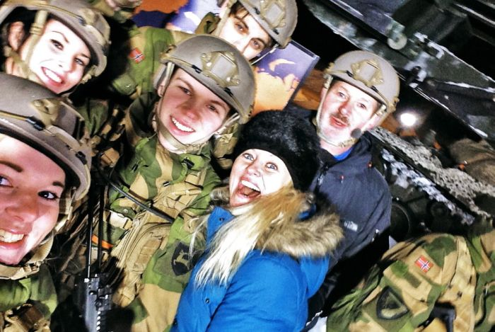 Soldiers from different armies take selfies 014