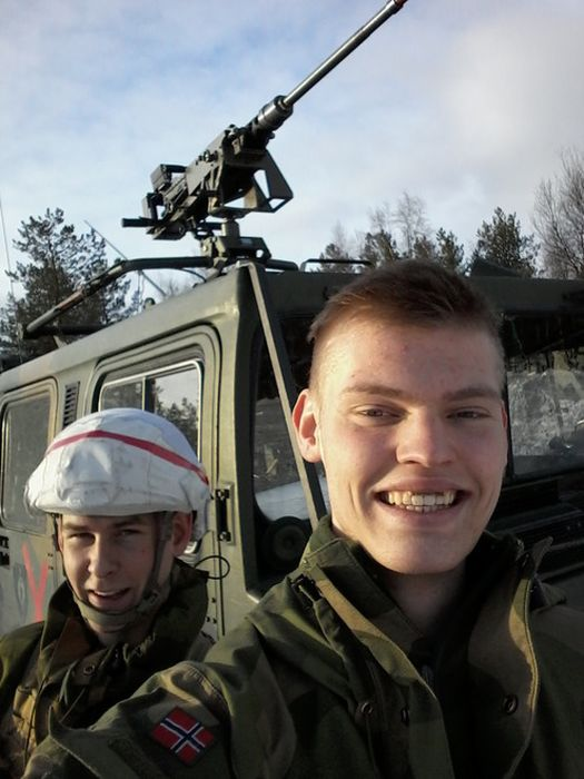 Soldiers from different armies take selfies 020