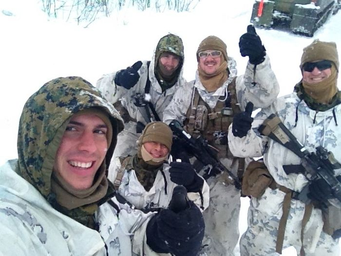 Soldiers from different armies take selfies 036