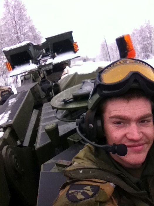 Soldiers from different armies take selfies 039