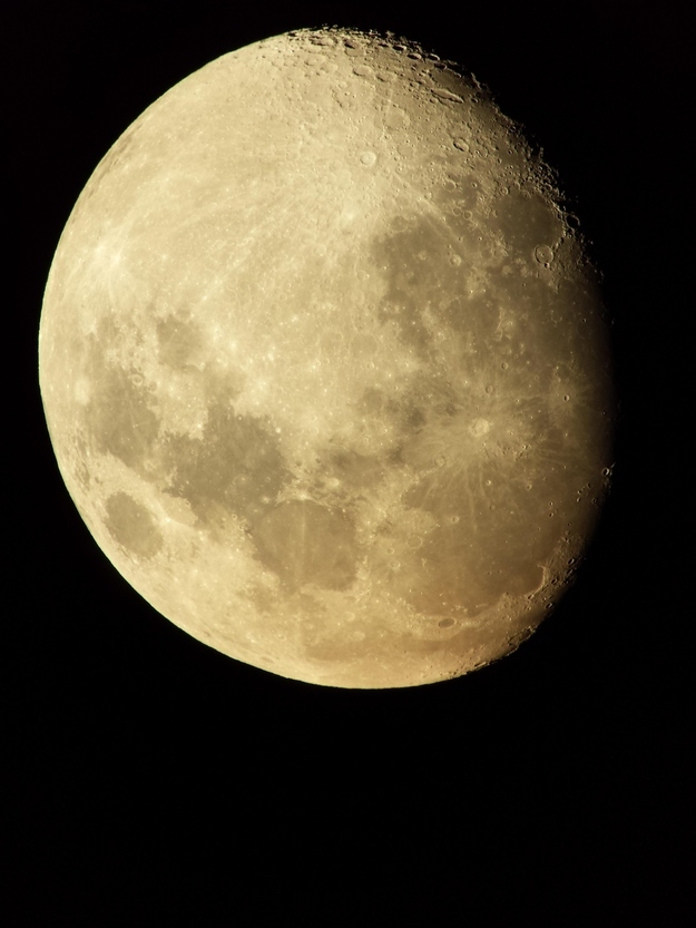 TAKE A GIANT-ASS PICTURE OF THE MOON