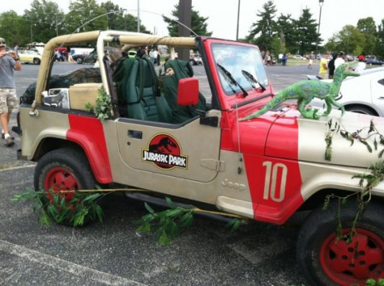 36 Crazy and Hilarious Car Pics 031