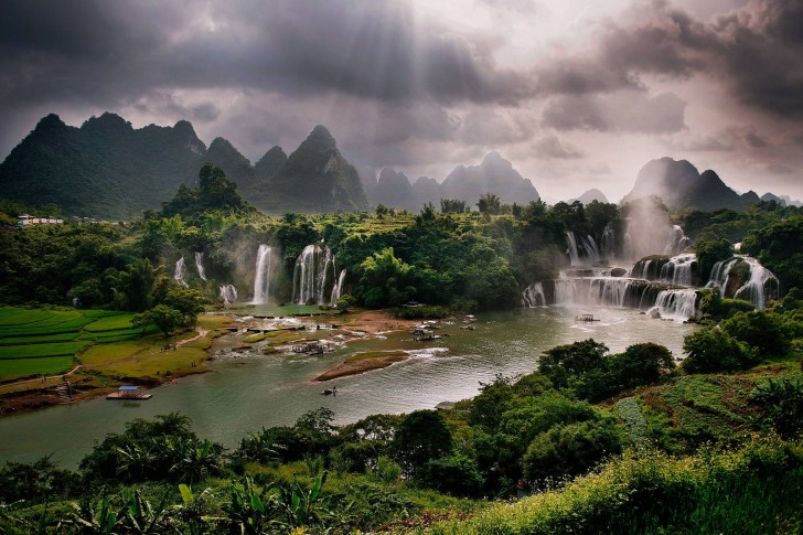 Detian Falls, China1