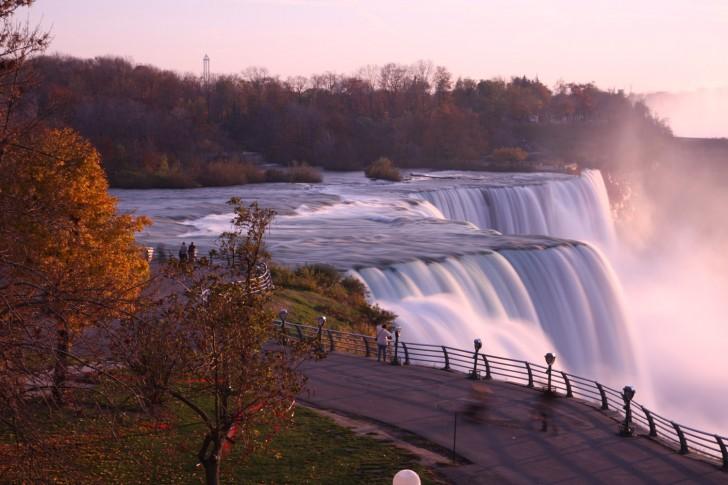 Niagara Falls, US1