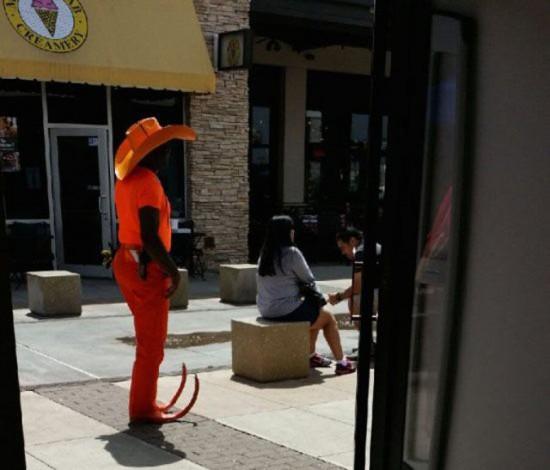 Weird People doing Weird Things 027