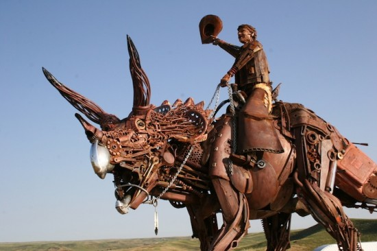 Bits of Scrap Metal Welded Together Into Powerful Sculptures 004