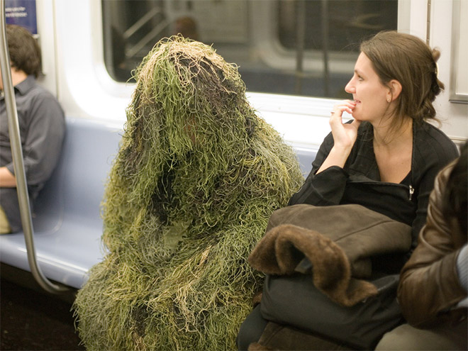 Crazy Stuff Spotted on the Subway 001
