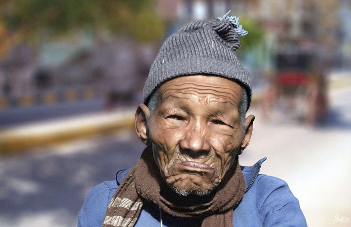 These pictures are realistic 3D renderings of real people 020
