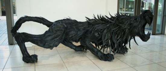 You Won't Believe What This Artist Did With Your Old Tires 003