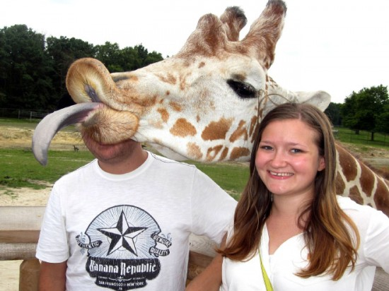 18 Animals That Are Much Better At Photobombing Than Humans 009