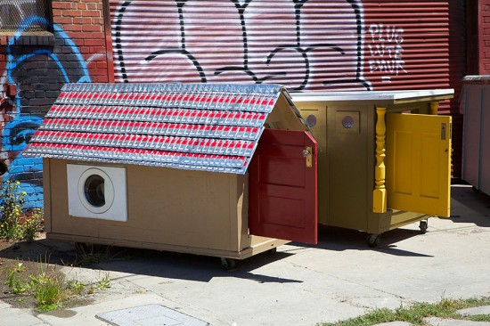 Artist Gregory Kloehn Creates Home For Homeless From Garbage 010